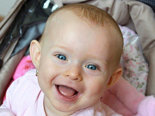 ZUZANKA. Tady je mi osm měsíců, ale usmívám se déle!
