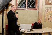 Druhá velehradská literární pouť byla věnována odkazu a dílu básníku, dramatiku a překladateli Václavu Renčovi.