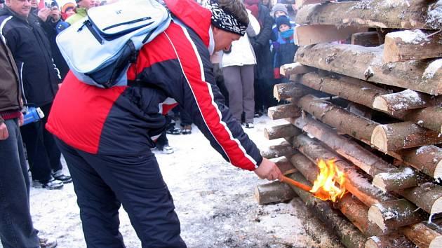 Jedním z těch, kteří zapálili vatru přátelství byl také dolněmčanský starosta František Hajdůch.