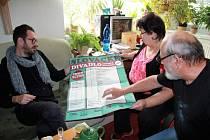 Božena Chytilová pozvala Josefa Kubáníka k sobě domů na návštěvu.