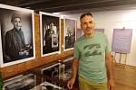 Kus arménské duše, tak se jmenuje soubor fotografií Josefa Bosáka (na snímku), který je až do 10. července k vidění v galerii Poutní prodejny na Velehradě.