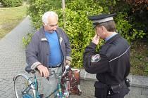 Uherskohradišťští strážníci mohou cyklisty prověřit, zda před usednutím na bicykl nepili alkohol. Počty opilých cyklistů totiž povážlivě stoupají.