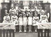 Svaté přijímání ročníku 1959 v roce 1967.