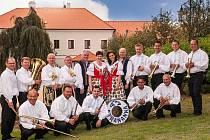 Dechová hudba Straňanka.
