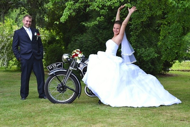 Soutěžní svatební pár číslo 147 - Věra a Petr Šertlerovi, Zábřeh.