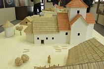 V Uherském Hradišti začne od dubna fungovat Centrum slovanské archeologie, spadající pod Moravské zemské muzeum. Mimo jiné přiblíží historii regionu Uherskohradišťska.