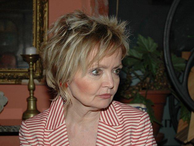 Žena Jana Přeučila Eva Hrušková.