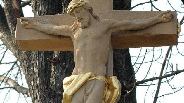 Tupeský kříž u silnice na Velehrad.