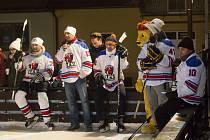 Karneval na ledě ve Strání vyvrcholil exhibičním hokejovým zápasem