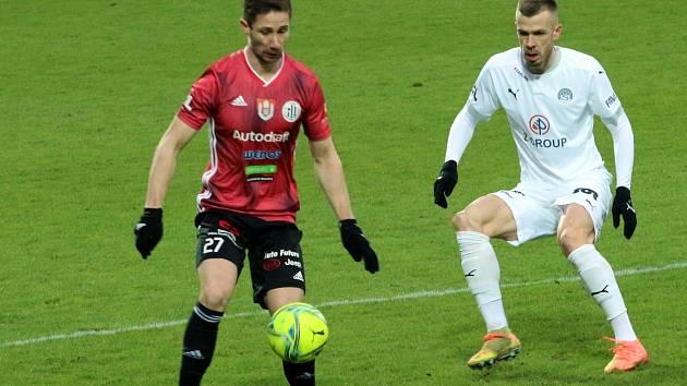 Lednový zápas fotbalistů Slovácka s Českými Budějovicemi skončil remízou 0:0.