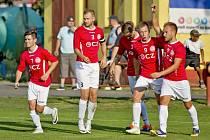 Fotbalisté Uherského Brodu si na hřišti nováčka z Nového Města na Moravě připsali první letošní venkovní vítězství.