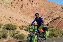 Neskutečné etapy, horská sedla, odlehlé pustiny, nejtěžší část z celého kontinentu v jednom měsíci.
