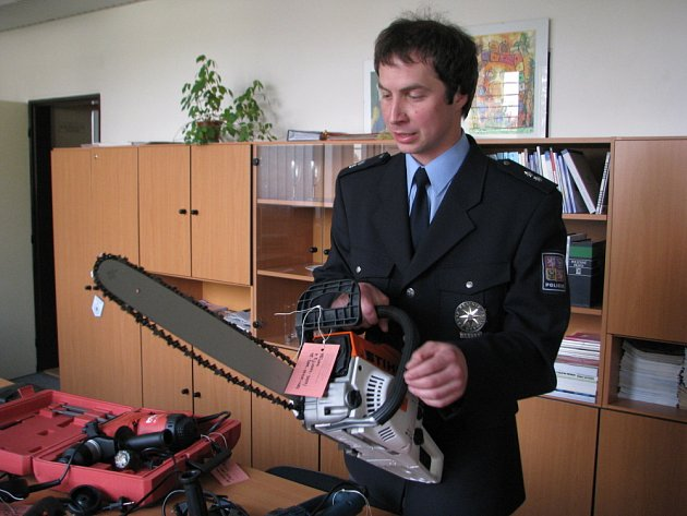 Některé z přístrojů jsou, podle ochránců zákona, i životu nebezpečné.