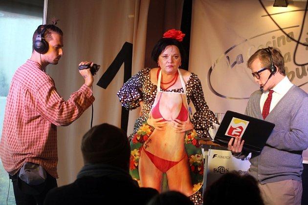 Hra Čarodějnice v kuchyni ve Slováckém divadle v Uherském Hradišti.