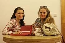 Herečky Slováckého divadla se zapojí do Kabelkového veletrhu.