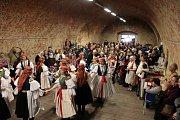 Lidé si nenechali o Smrtné neděli ujít ve Starém Městě předvelikonoční jarmark.