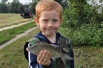 Čtyřicet dětí ve věku do 15 let se zúčastnilo v sobotu od 7 do 13 hodin rybářských závodů v Kostelanech nad Moravou.