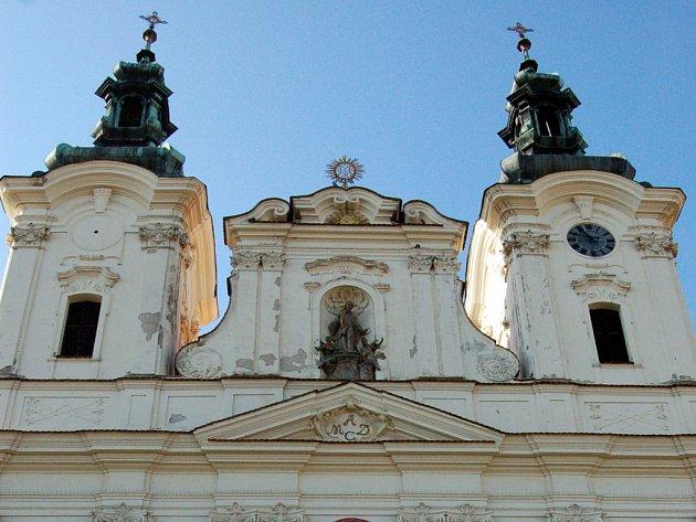 V příštím roce radní plánují i rekonstrukce kostela a soch na Masarykově náměstí v Uherském Hradišti.