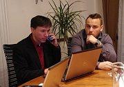 Patrik Kunčar (KDU-ČSL) slavil svůj postup do Senátu. Ilustrační foto.