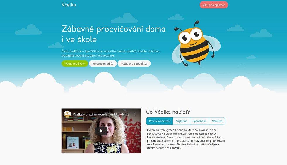 Aplikace Včelka v různých podobách.