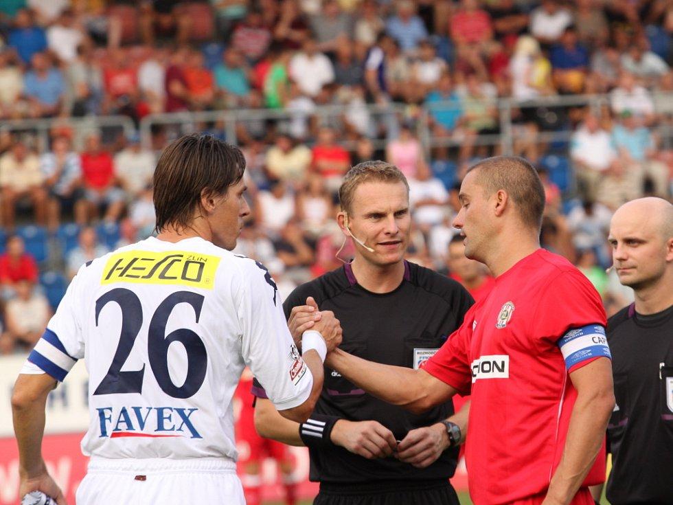Kapitáni obou týmů Jan Trousil a Petr Švancara.