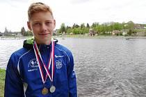 Ondřej Prchlík (na snímku ze závodů v červeném) získal v Týně nad Vltavou dve medaile.