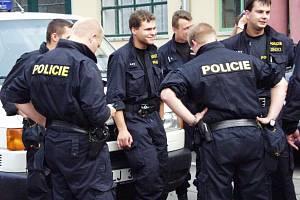 Do konce tohoto roku opustí svá místa desítky policistů v kraji. Nahradí je tak zkušení kolegové nebo i nováčci.