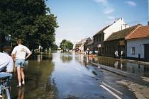 Povodeň v červenci 1997 v Uherském Hradišti a Starém Městě.
