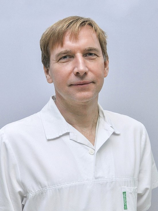 Primář z Uherského Hradiště Pavel Zicháček prodělal onemocnění koronavirem.