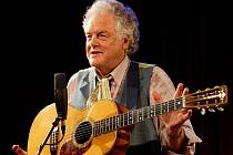 Kytarista a zpěvák Peter Rowan, jterý bude v Uherském Hradišti hostem Druhé trávy, vystupoval v minulosti s řadou světově uznávaných hudebníků