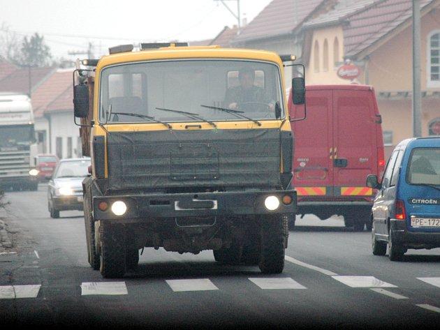Silnice I/55 v Huštěnovicích