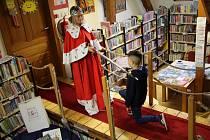 Týden knihoven přivedl do oddělení pro děti na 400 malých čtenářů.