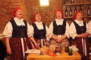 Bánovské Zpěvule zkoušely v Galerii slováckých vín.