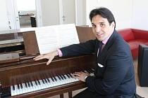 Adam Plachetka, basbarytonista Vídeňské státní opery. Ilustrační foto.