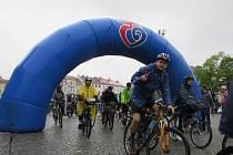 Přes tři stovky cyklistů vyrazilo i přes nepřízeň počasí na sobotní akci Na kolech vinohrady.