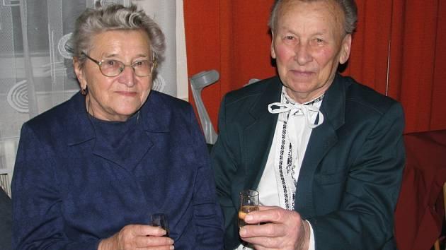 Ludmila a Jan Janíkovi jsou nejstarší žijící ořechovští stárci.