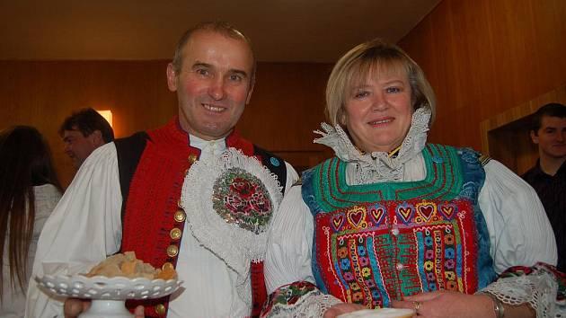 Setkání 220 žijících příslušníků rodiny Kadlčkovy a Komínkovy z Dolního Němčí.