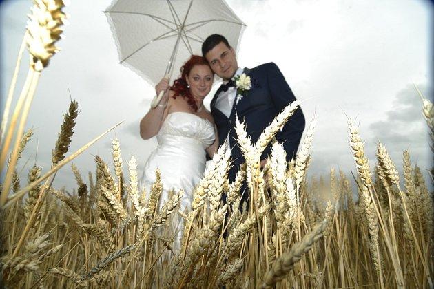 Soutěžní svatební pár číslo 86 - Michal a Iveta Hlavicovi, Mštěnovice