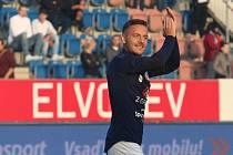 Fotbalisté Slovácka (bílé dresy) v 8. kole FORTUNA:LIGY  přehráli Zlín 3:0.