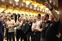 Klub Štěpánů, nebo-li POPO (POštěpánské POsezení), se ke svému 37. výročnímu zasedání sešel tradičně mezi Štěpánem a Silvestrem - tentokrát 28. prosince v prostorách Domu kultury.