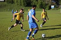 Blanenští fotbalisté po mizerném výkonu remizovali s posledním Uherským Brodem 1:1 a dál si komplikují cestu za záchranou v divizi. Jediný gól Blanska vstřelil dvě minuty po přestávce Radim Farník.
