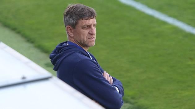 Asistent trenéra Slovácka Josef Mucha.