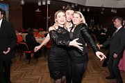 Už devátý ples Fakulty logistiky a krizového řízení Baťovy univerzity se konal v prostorách hradišťského Klubu kultury.