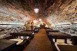 Po několikaměsíční rekonstrukci se v předvečer letošních Slováckých slavností vína a otevřených památek otevřou Sklepy Mařatice. Jde o výjimečný sklepní labyrint, který vznikl propojením tří historických měšťanských vinných sklepů Jahoda, Herman a SYNOT