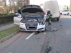 Dopravní nehoda na Svatojiřském nábřeží v Uherském Hradišti.