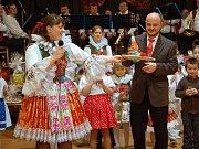 V uherskohradišťském Klubu kultury se v sobotu večer uskutečnil desátý country bál.