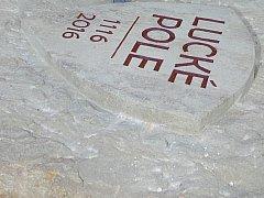 Památný monument připomínající letošní 900 výročí bitvy na Luckém poli. Ilustrační foto.