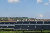 V pořadí čtvrtá fotovoltaika na okrese Uherské Hradiště  dokáže svým výkonem  1,56 megawattů  zásobit více než pět stovek domácností.