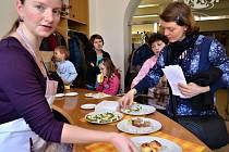 Tvoření velikonočních jídel ve Slováckém muzeu