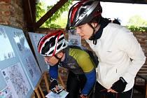 Na startu si mohli cyklisté vybrat jednu ze tří tras.